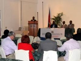 Ha ti politique enjeux de la loi cadre sur la for Hopital canape vert haiti