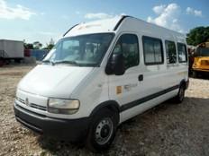 Haïti - France : Dons de 10 véhicules utilitaires et de bourses d'études