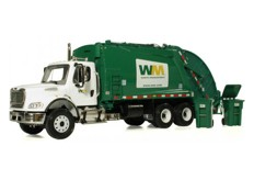 Haiti - Environment : Miami donated two garbage trucks to Port-de-Paix