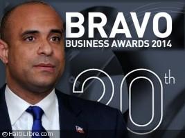 Haïti - Politique : Lamothe à Miami pour recevoir le Bravo Awards
