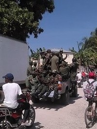 Haiti - Security : Inspection tour of former FAd'H soldiers