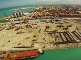 Haiti - Reconstruction : Visit of pharaonic site of North Wharf (video)