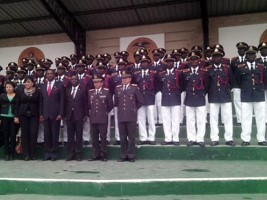 Haiti - Army : Graduation of 40 Haitian soldiers trained in engineering and combat