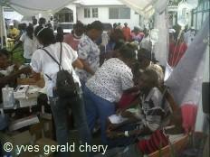 Ha ti pid mie branle bas de combat chez les ong for Hopital canape vert haiti