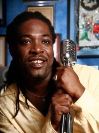 Legendary singer of MIZIK MIZIK, Eric Charles (51) died at the Hospital