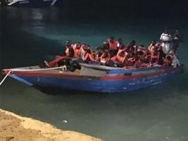 iciHaïti - Social : 54 haïtiens interceptés au large de Providenciales