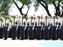 Ha ti s curit graduation de la 26 me promotion de la for Hopital canape vert haiti
