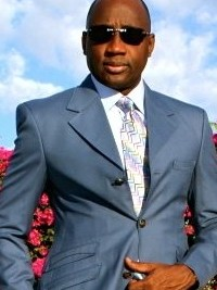 Haiti - Security: Mario Andrésol receives the International Leadership Award