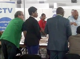 Haiti - Elections : Verifications at the CTV, the tone rises, nothing advances or almost...