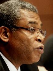 Haïti - Reconstruction : Jean-Max Bellerive critique et défend son gouvernement