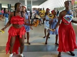 iciHaïti - Culture : Haïti dans le défilé du carnaval de la Guadeloupe
