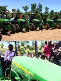 President Jovenel Moïse distributes tractors