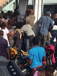 Haïti - Économie : Ruée sur les stations-service...