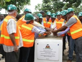Haiti - Agriculture : Laying the foundation stone of the Plant Propagation Center...