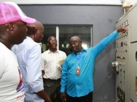 Moïse visits the Caracol Hydroelectric Plant