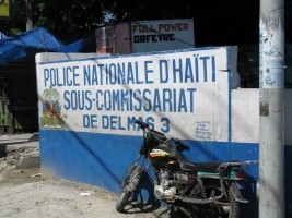 Haiti - Security : The police sometimes work in miserable and dilapidated premises...