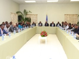 Haiti - Politic : Armed force and States-General on the agenda