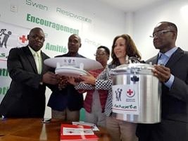 iciHaiti - Health : Donation from CRH of materials and sanitary equipment to the Ministry of Health