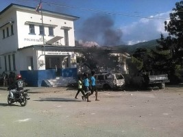 Haiti - FLASH : The population in Beladère attacks a police station
