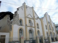 Haiti - Jacmel : Rebuild the cathedral, but not without mission