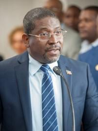 hati politique le nouveau ministre de lintrieur entre en fonction
