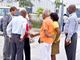 iciHaiti - Politic : Reactivation of the twinning Town Hall of Les Cayes / Town Hall of Boyton Beach