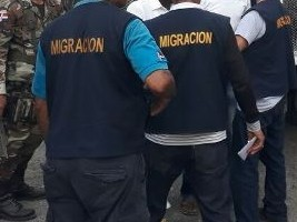 iciHaiti - DR : Inspectors of Dominican migration attacked by Haitians