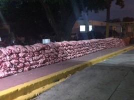 iciHaïti - Montecristi : Saisie de plus de 9,000 livres d'ail de contrebande en provenance d'Haïti
