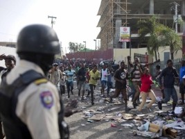iciHaiti - Riots : Arrest of 64 individuals accused of looting and destruction of property
