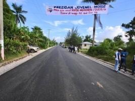 iciHaïti - Torbeck : Jovenel Moïse inaugure le tronçon de route Carrefour Méridien / Bewou
