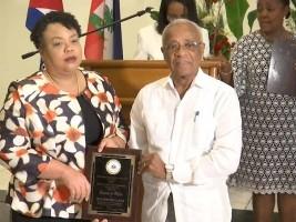 iciHaïti - Santé : Le Gouvernement d'Haïti remet des distinctions à la coopération cubaine