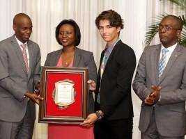 iciHaïti - Équitation : Philippe Coles, médaille d'or, honoré par le Président Moïse