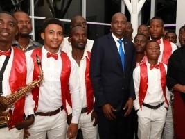 iciHaïti - Musique : Le Président Moïse à la soirée d'hommage du Père du Compas