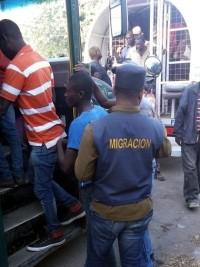 iciHaïti - RD : 657 haïtiens déportés en Haïti