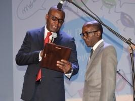 iciHaïti - Social : Le Professeur Evens Emmanuel, personnalité francophone de l'année