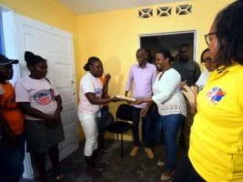 Haiti - Economy : More than 200 «Madan Sara» of Bainet benefit from a ONAFanm loan