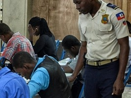 iciHaiti - PNH NOTICE : 13,000 candidates invited to the intellectual test