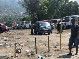 iciHaiti - Stade Sylvio Cator : Several mechanics have started emptying the place