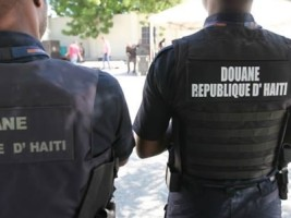 Haiti - Smuggling : Haitian customs cooperate few with Dominicans