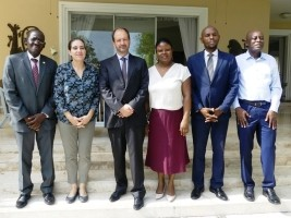 iciHaïti - Politique : L'ambassadeur de France prend position