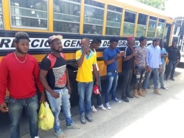 hereHaiti - Social: Nearly 400,000 Haitians deported or turned back since June 2015