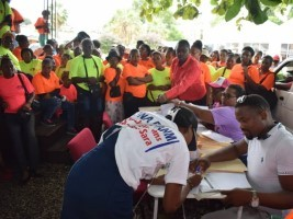 Haiti - Jacmel : More than 300 «Madan Sara» each obtain an ONAFanm loan of 25,000 Gourdes