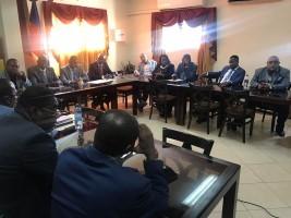 iciHaïti - Politique : Séance plénière dans la salle polyvalente du Sénat