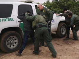 Haiti - USA : Border Patrols Arrest 204 Haitian Illegal Migrants in Texas