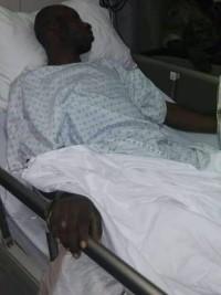 iciHaïti - Social : Le Chef de Gang Arnel reçoit des visites à l'hôpital