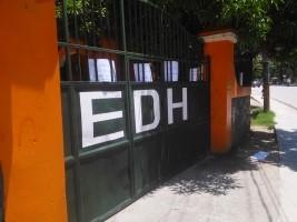 iciHaïti - Petit Goâve : Après 15 jours de «blackout», l'opposition ferme le bureau de l'EDH