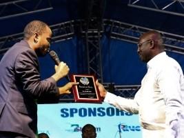 iciHaiti - Religion: The Mayor of Delmas Wilson Thursday honored