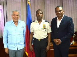iciHaiti - Security : The Dominican Ambassador to Haiti, visits the new PNH DG