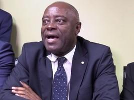 Haïti - Politique : Le Sénateur Sorel Yacinthe accuse ses collègues de corrompus, les sénateurs démentent