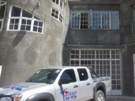 Haiti - FLASH : Two of the presidential advisers narrowly saved by the police Palace